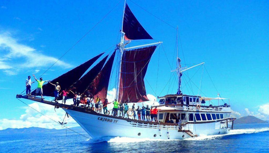 Perahu Phinisi Pribadi 2